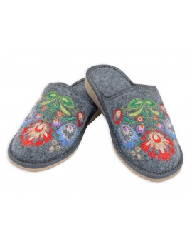 Pantofle filcowe folk kurpie - kapcie haftowane