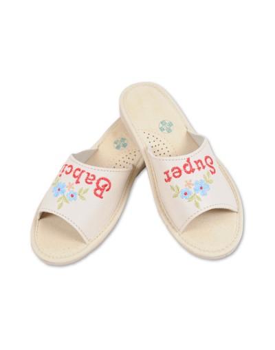 Prezent dla Babci - Pantofle haftowane Super Babcia
