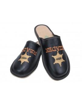 Dziadek Rządzi - Sheriff - personalizowany prezent dla Dziadka - pantofle skórzane