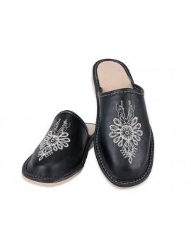 Damskie pantofle haftowane: Parzenica - folk