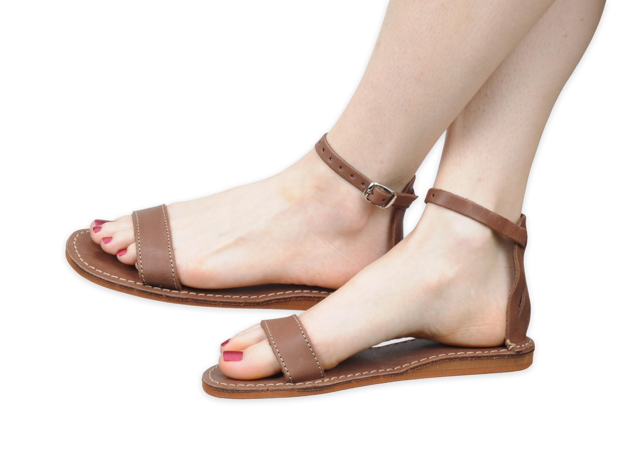 Brązowe sandały damskie gladiatorki skórzane 39